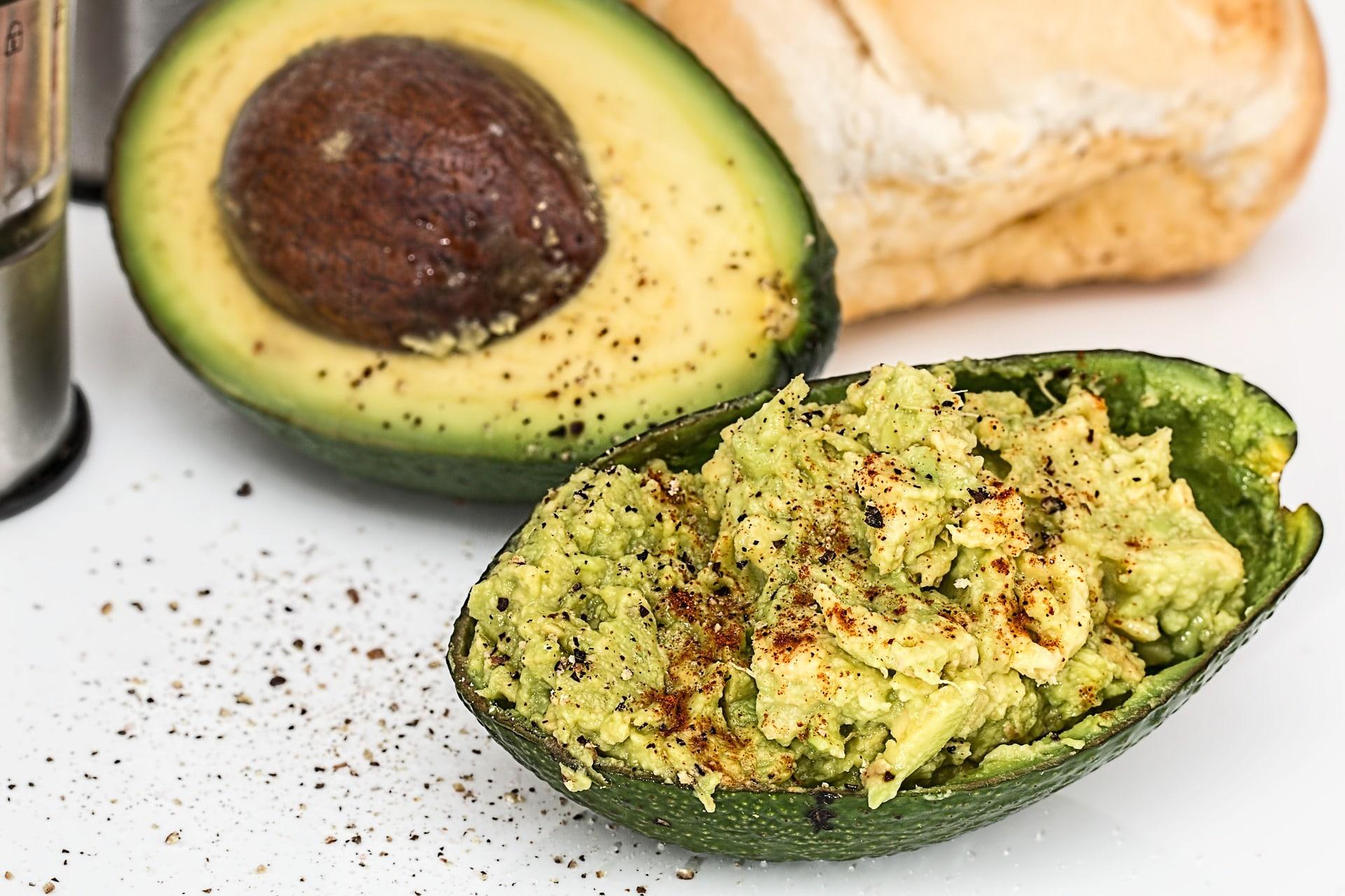 Avokádo je dietní potravina a ideální zdroj zdravých tuků / foto: pixabay.com