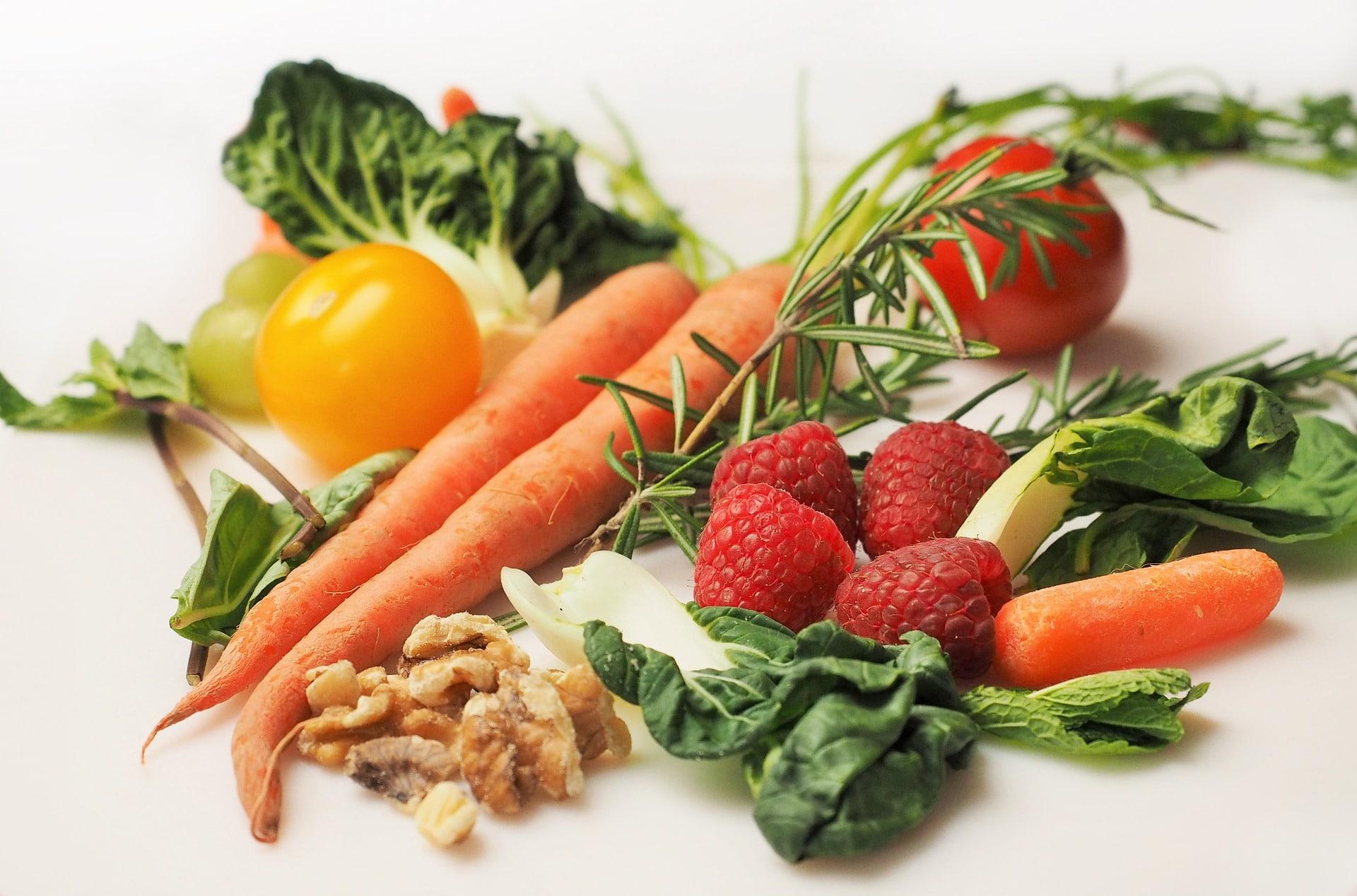 Pestrá strava je důležitá nejen pro vás, ale i pro správný vývoj dítěte / foto: pixabay.com