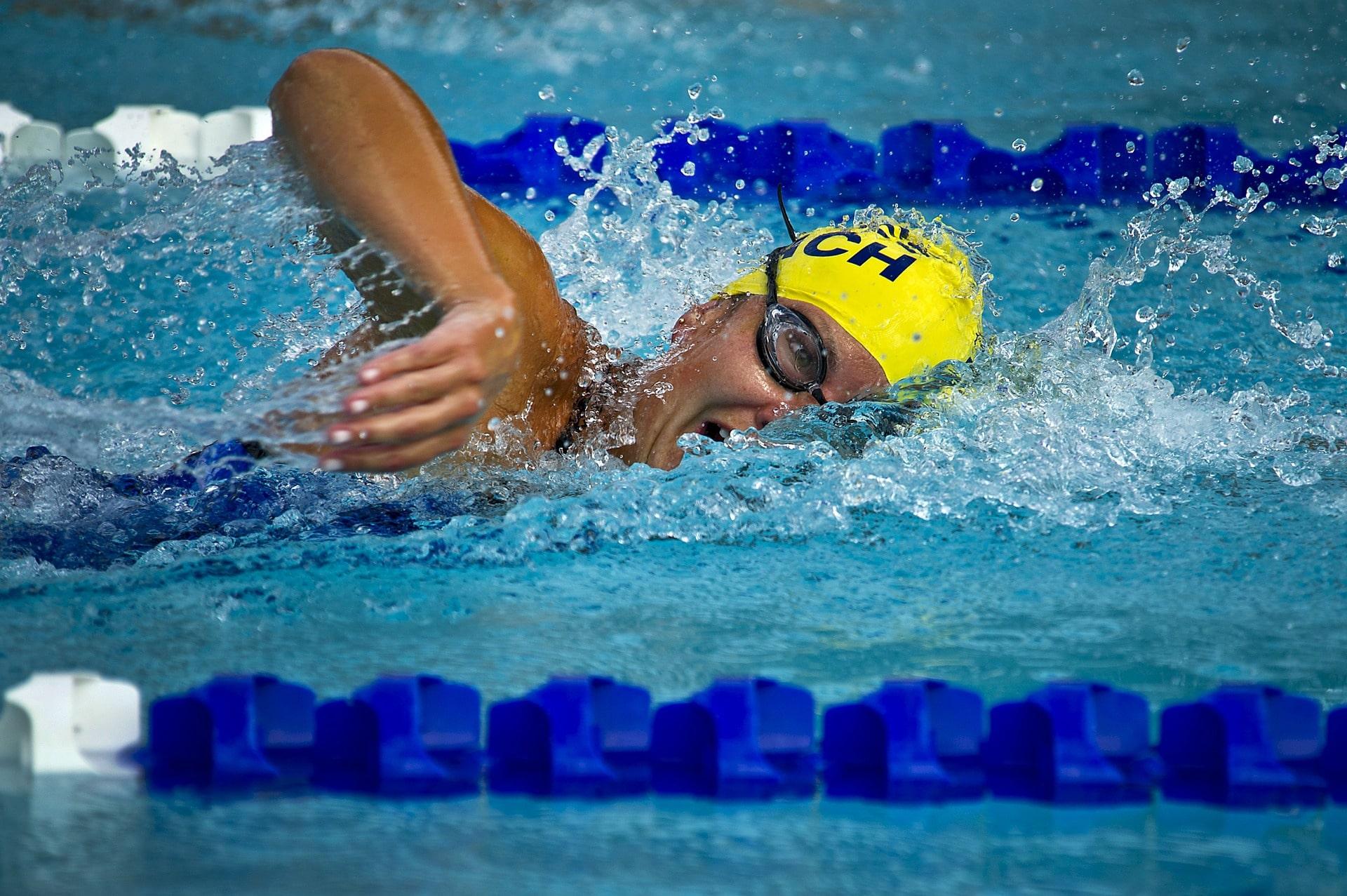 Plavecké brýle chrání oči od chloru a zlepší vaši orientaci ve vodě / foto: pixabay.com