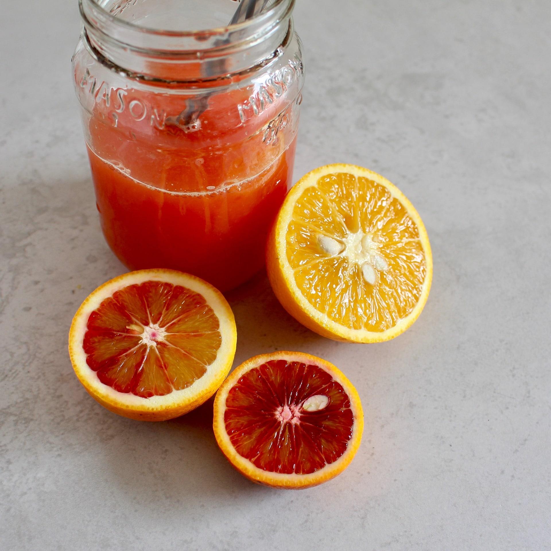 Pomerančová š´táva je kvalitním zdrojem vitamínu C, vápníku, hořčíku, fosforu a draslíku / foto: pixabay.com